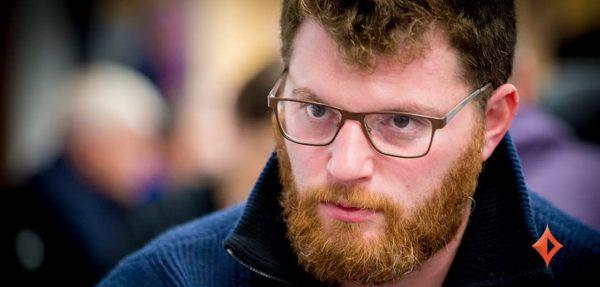 Nick Petrangelo, WPTWOC-Event Gewinner, lehrt allen eine Poker-Lektion